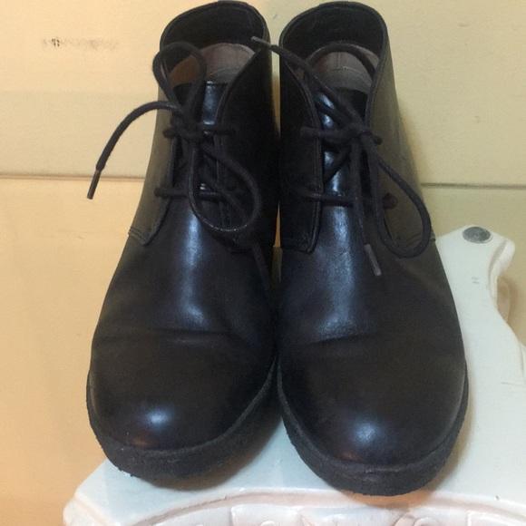 966e9047dd9 Clarks Shoes - Clarks Originals wedge bootie